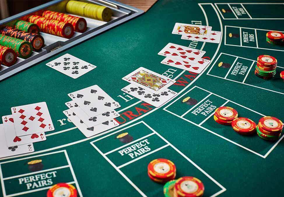 The Way To Play Poker Game Skillfully
