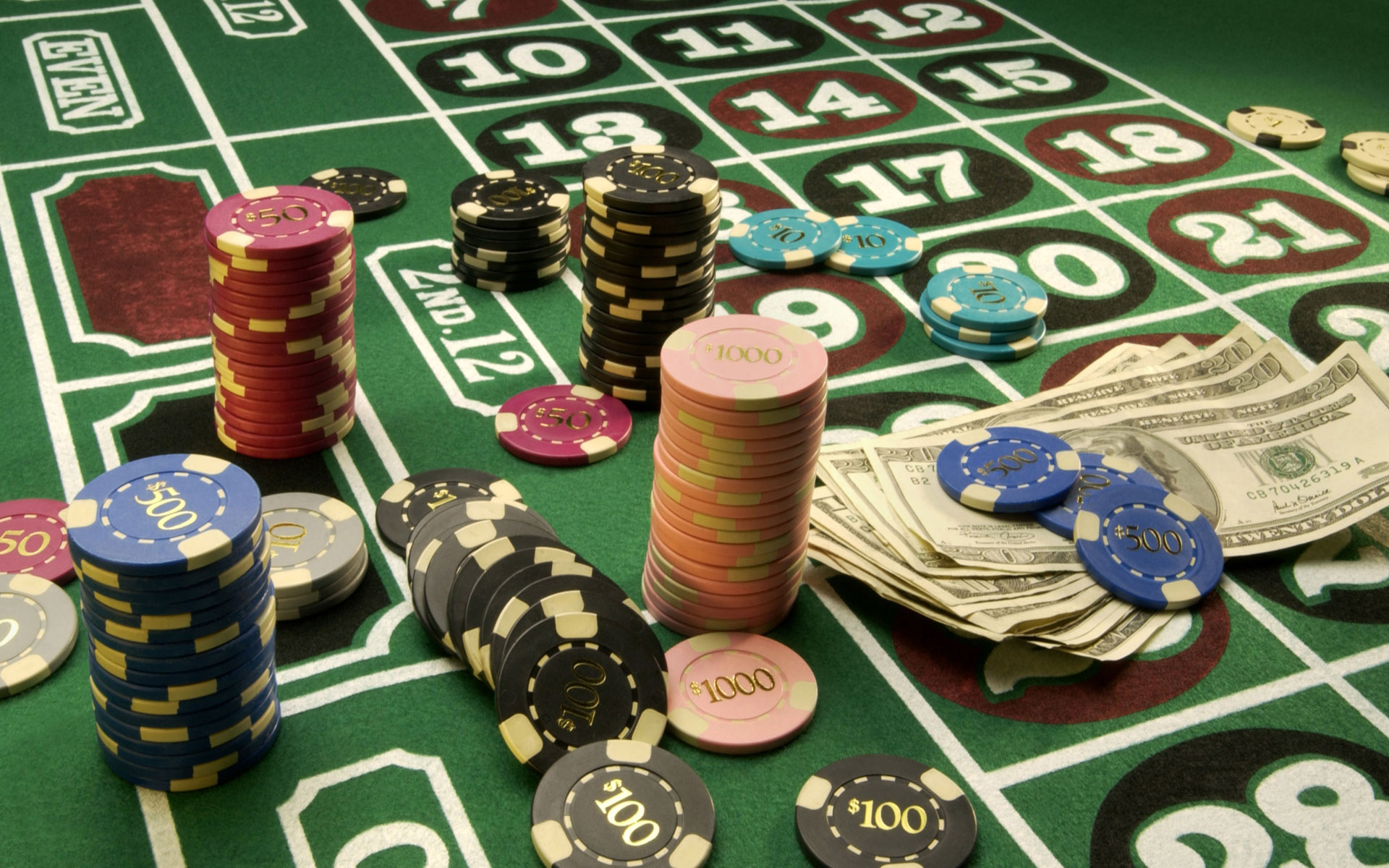 These Hacks Will Make Your Gambling Look Like A professional